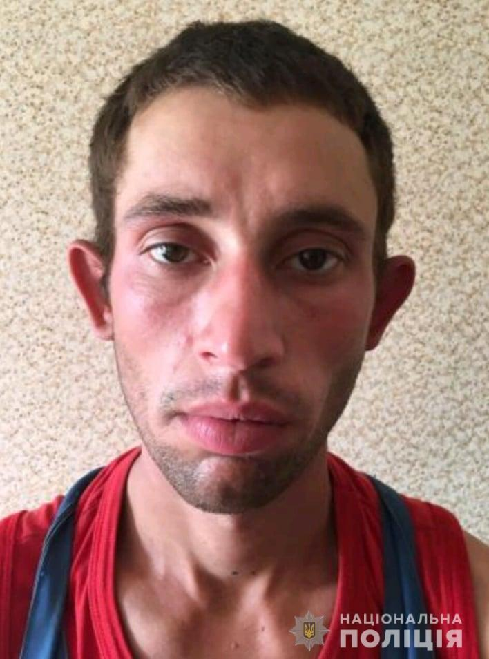 под Киевом из Обуховского отделения полиции сбежал 25-летний парень в наручниках