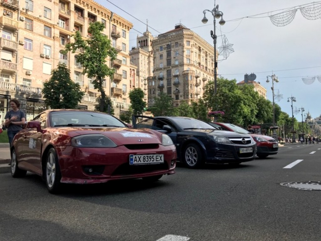 Информатор Киев, вместе со своими коллегами из Авто Информатор, тоже приняли участие в гонках