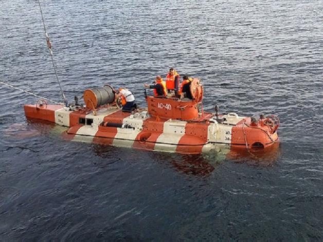 В России из-за пожара на глубоководном аппарате погибли 14 моряков