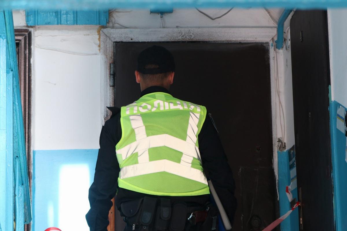 На месте работают правоохранители