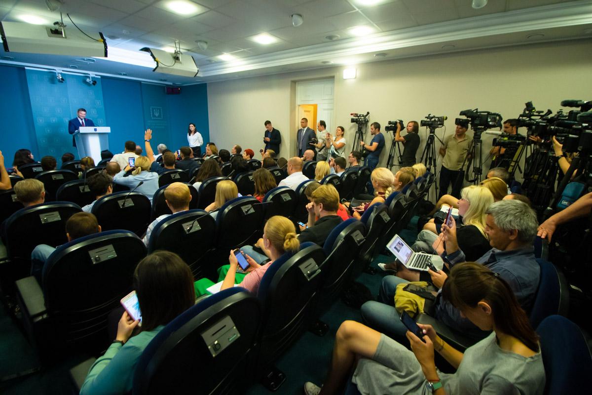 Богдан заявил, что Кличко обязан покинуть пост