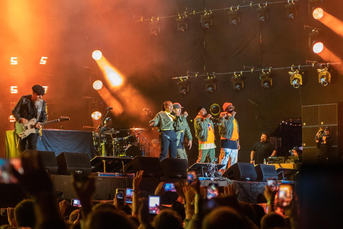 Любимы песни звучали вживую. Спасибо The Black Eyed Peas!