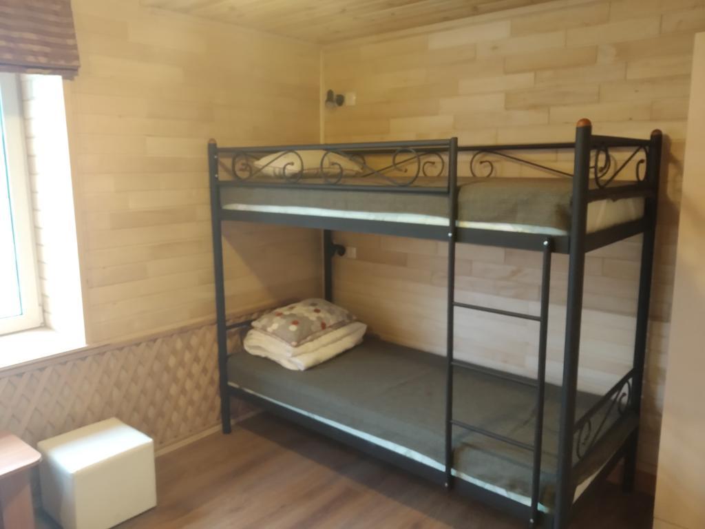 Два спальных места за небольшие деньги - настоящее спасения для абитуриента и сопровождающего
