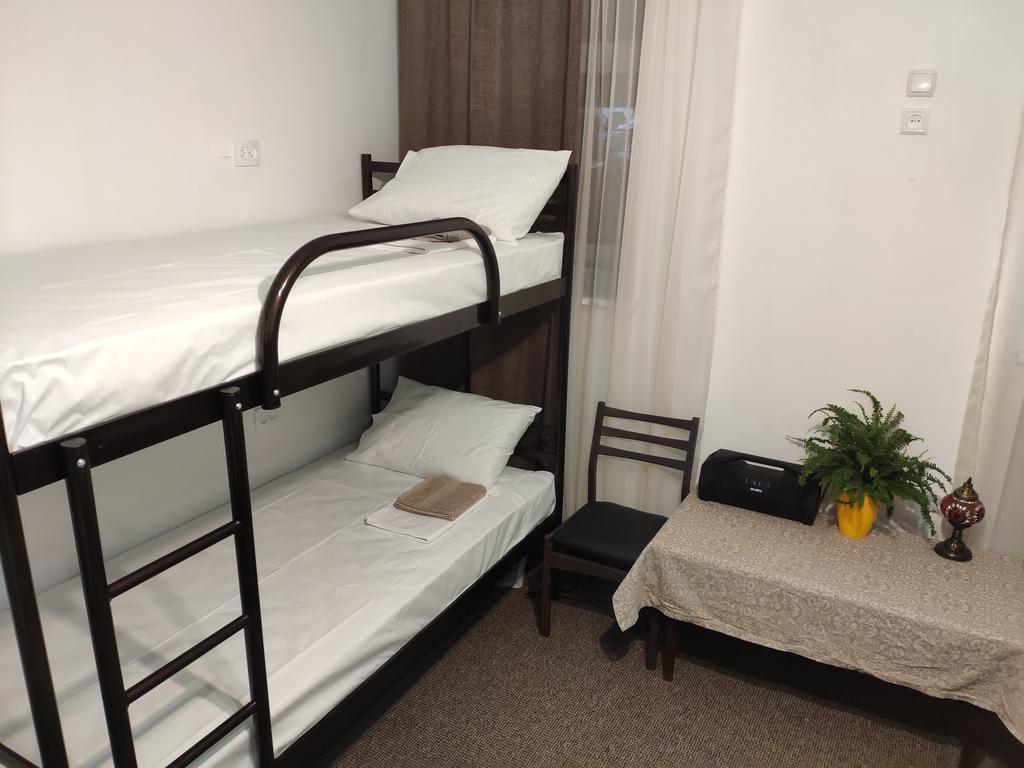 За две ночи в такой комнате двум взрослым людям придется заплатить 940 гривен