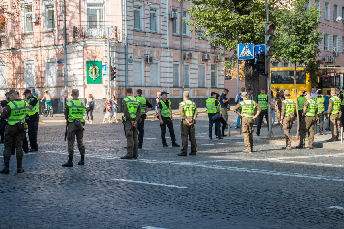 Один из кордонов полиции