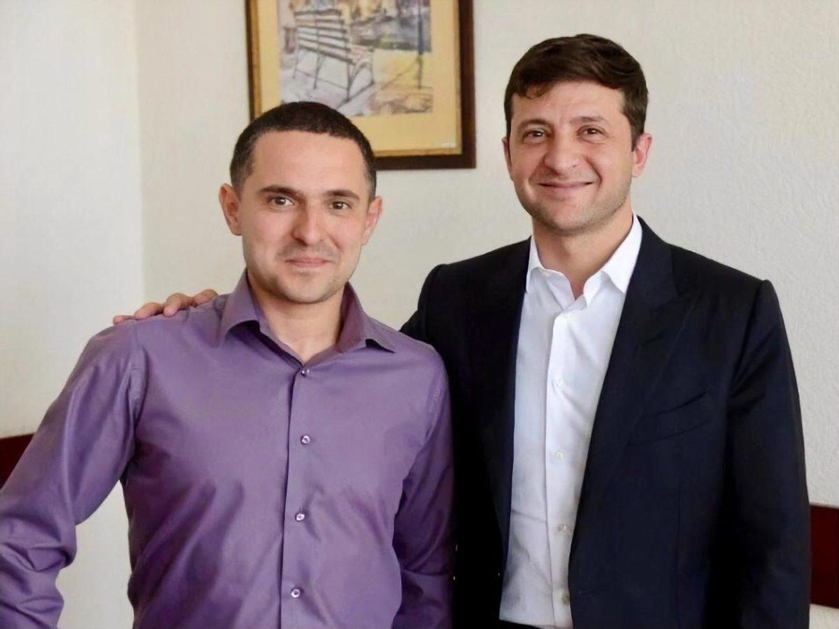 Александр Куницкий уверенно побеждает на своем мажоритарном округе