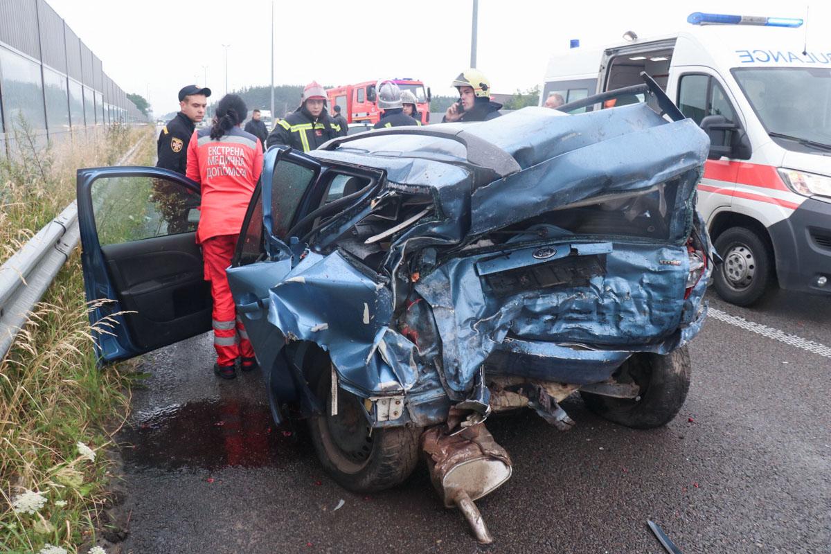 """Пассажир и водитель из салона Ford погибли еще до приезда """"скорой"""""""