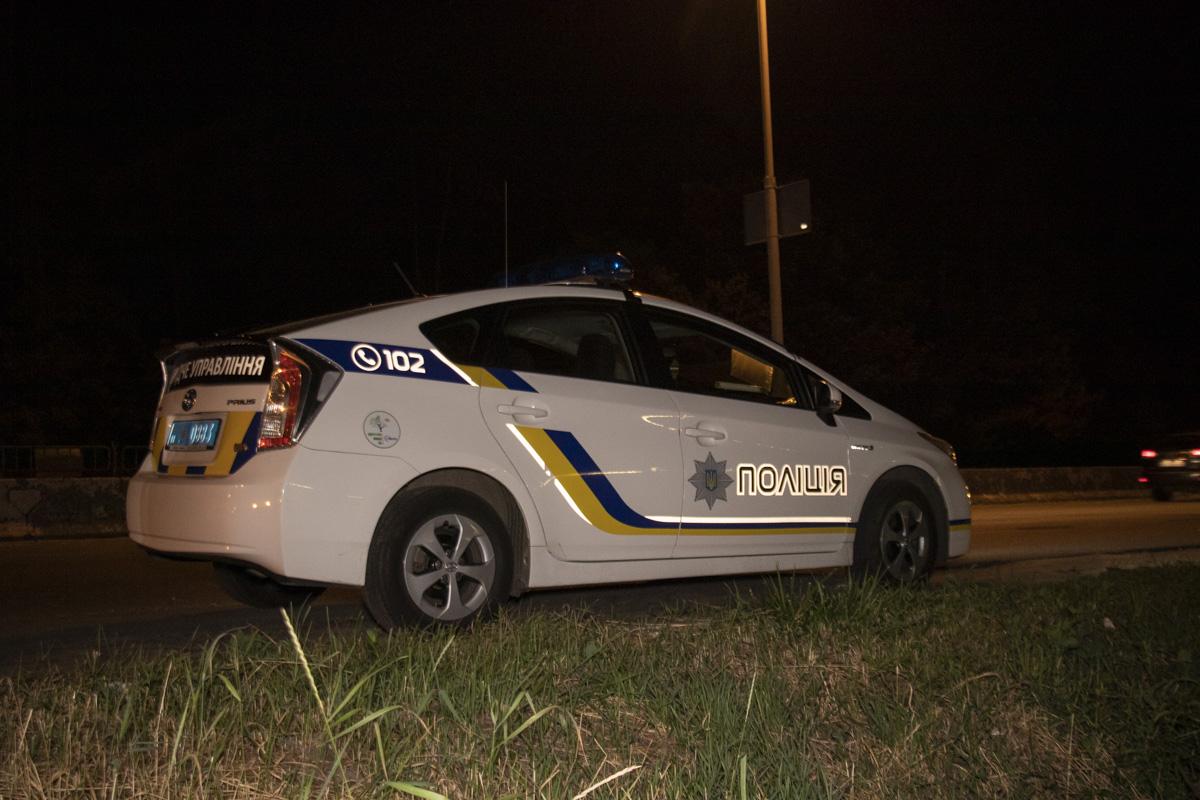 На месте кроме патрульных полицейский работали и сотрудники следственного управления