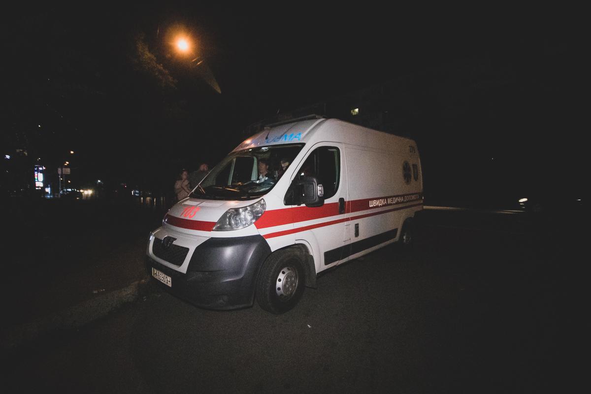 на Харьковском шоссе произошла авария с участием автомобиляDaewoo Lanos службы такси Uber и пешехода
