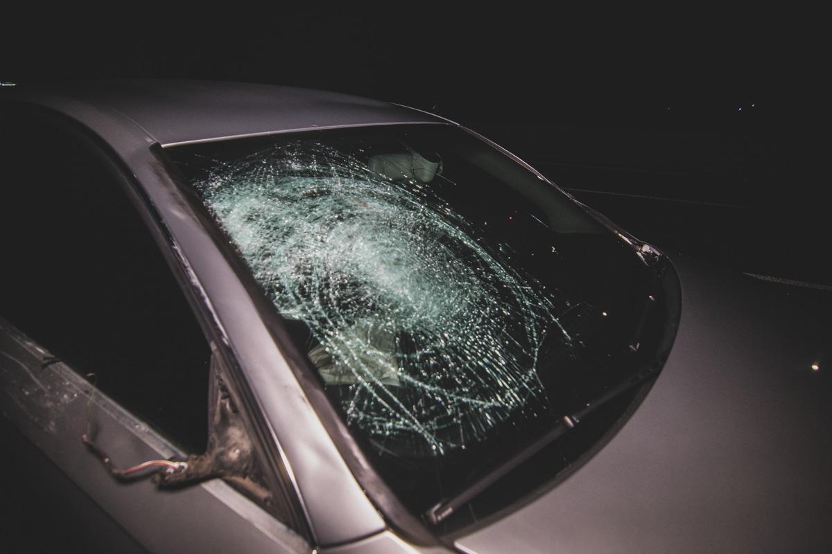 Водителя Audi увезли в больницу для прохождения теста на алкоголь