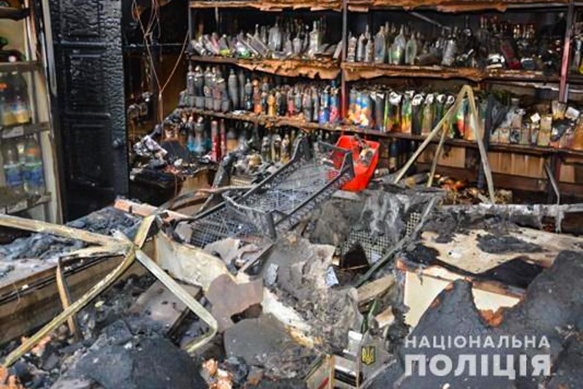 В Киево-Святошинском районе столицы в селе Шпытьки произошел пожар