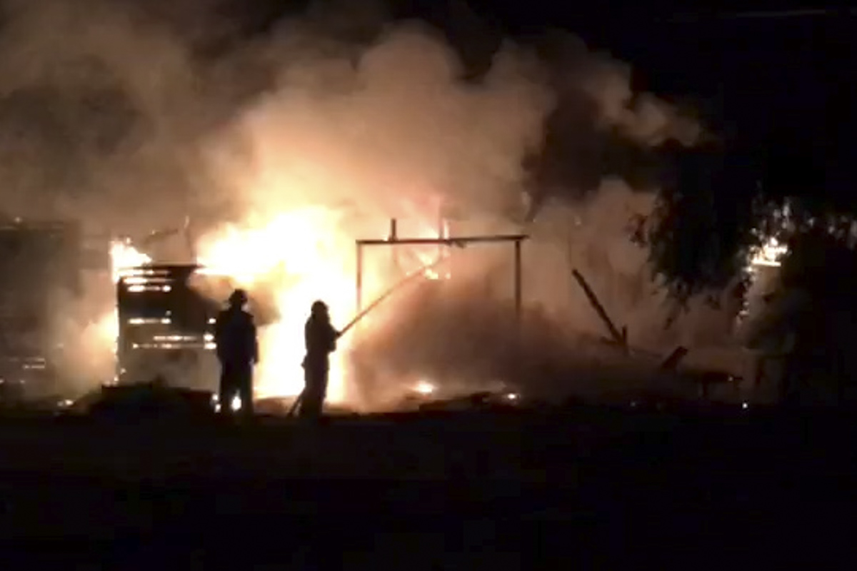 8 июля в Киеве на берегу озера Небреж, недалеко от улицы Коллекторной, произошел пожар