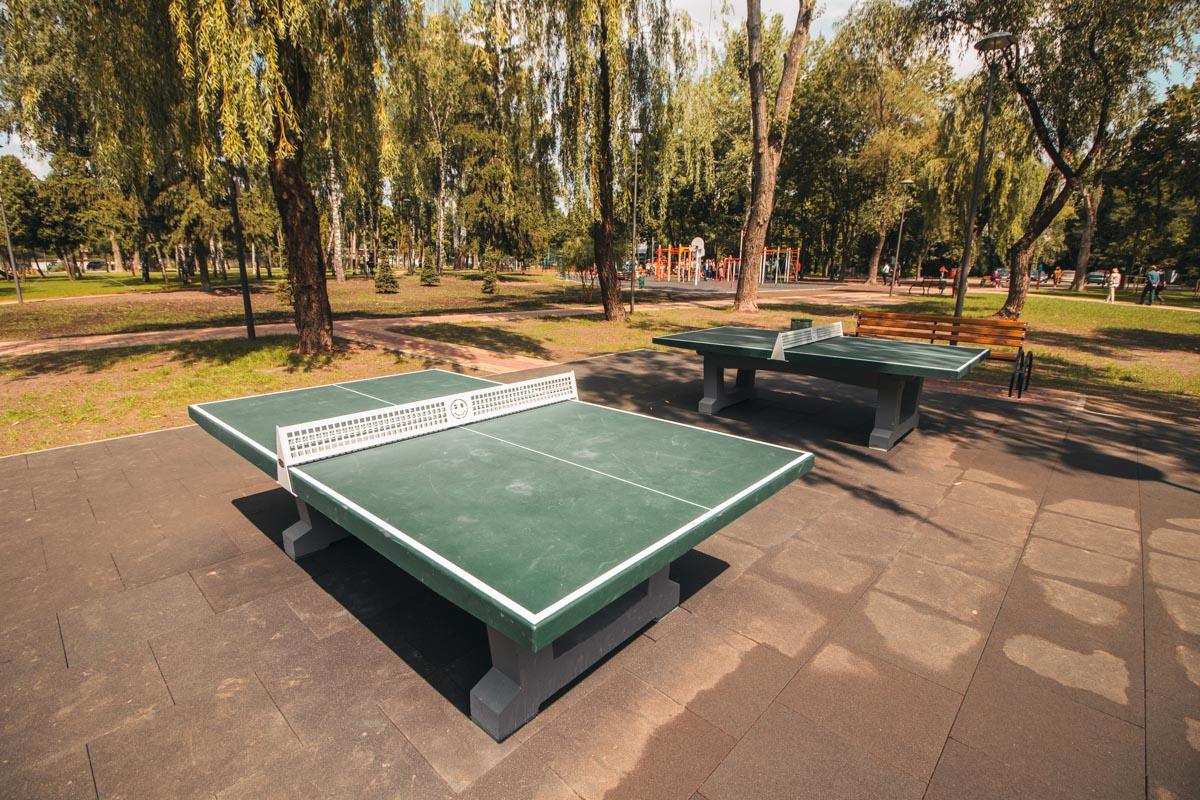 Новые столики для тенниса, так и хочется погонять шары