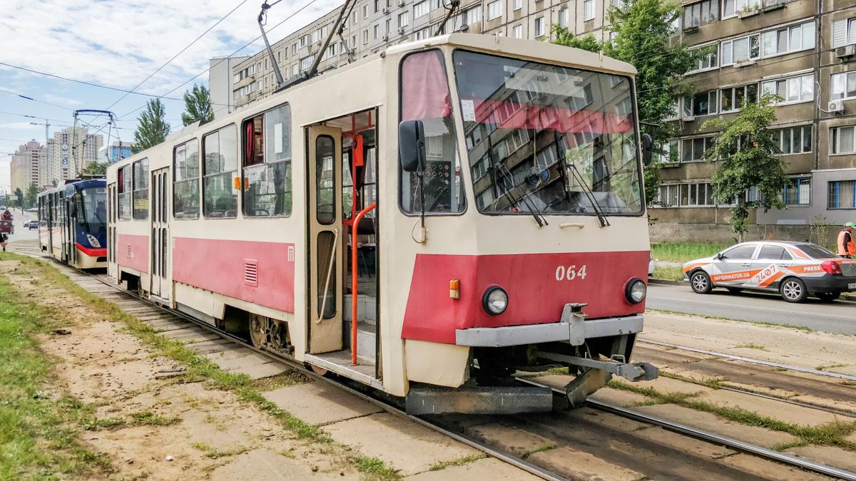 В пятницу, 12 июля, в Днепровском районе Киева у трамвая отказали тормоза