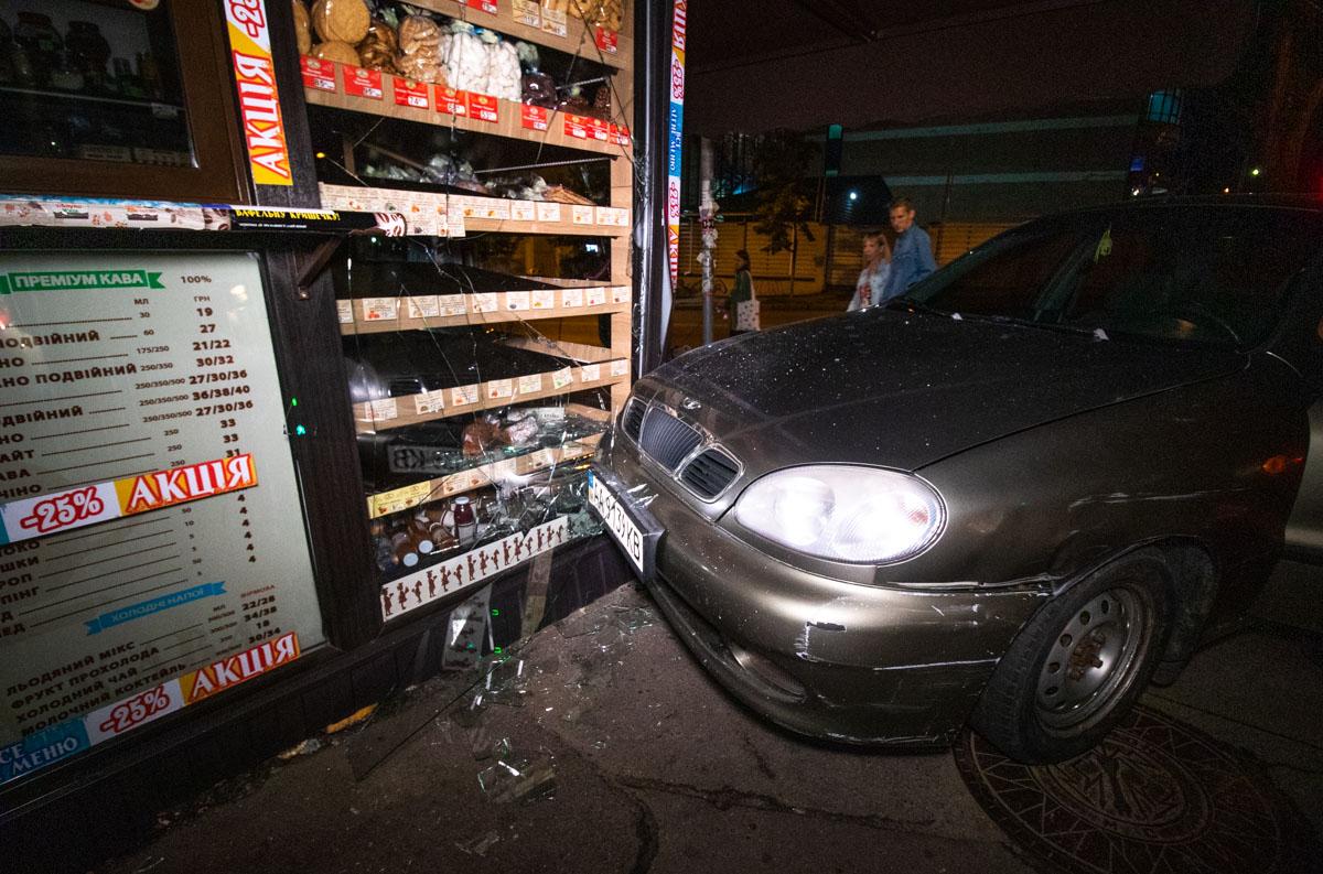 Водитель не обнаружил машину на месте парковки и заявил об угоне