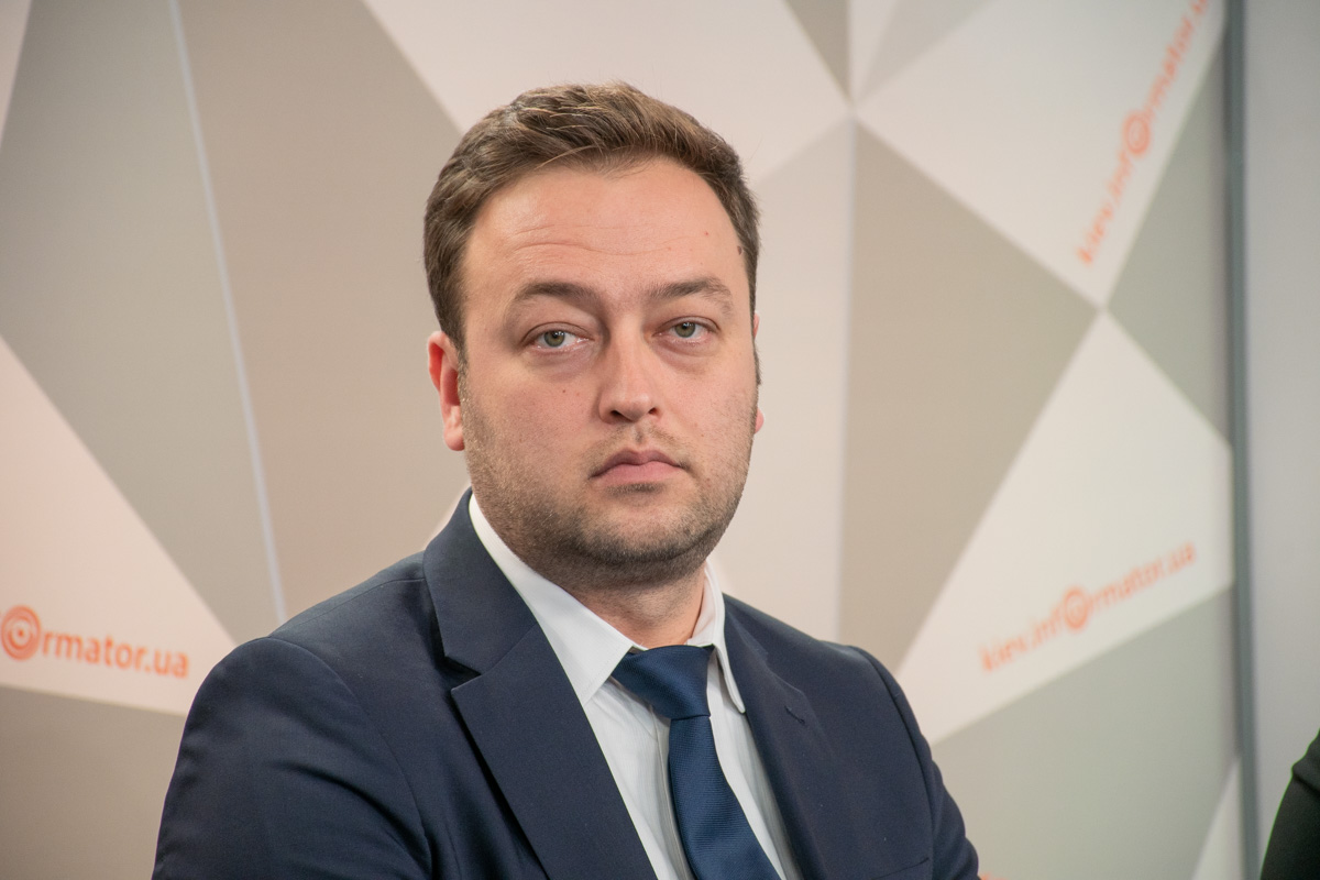 Координатор стран СНГ клиники Liv Hospital Роберт Миндубаев