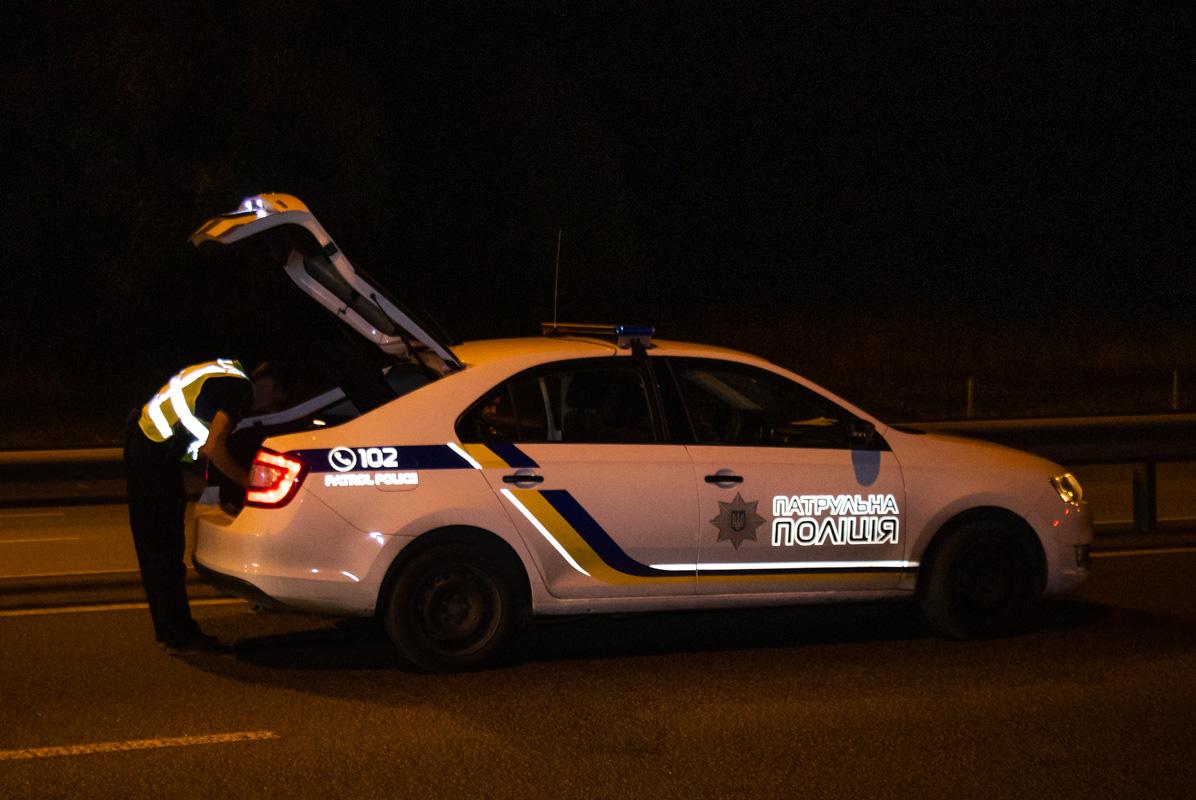 """На месте работал экипаж патрульной полиции, """"скорая"""" и следственно-оперативная группа"""
