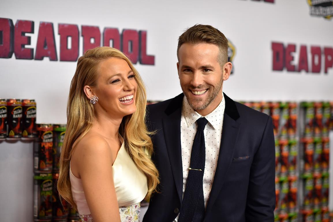 """Они безумно счастливы в браке до сих пор и постоянно """"приправляют"""" отношения публичными шутками в адрес друг друга"""