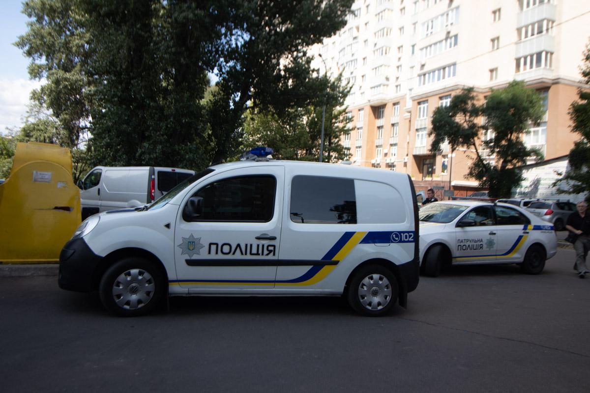 Оперативные сотрудники полиции проводили спецоперацию по задержанию квартирных воров