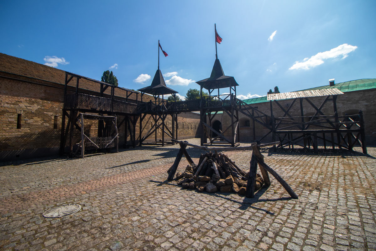Разные форты превратили в укрепления разных эпох