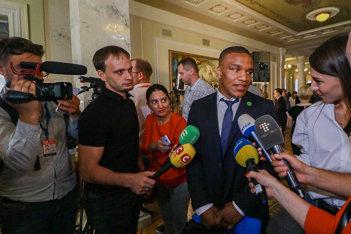 Спортсмен и депутат Жан Беленюк поделился своими впечатлениями с журналистами