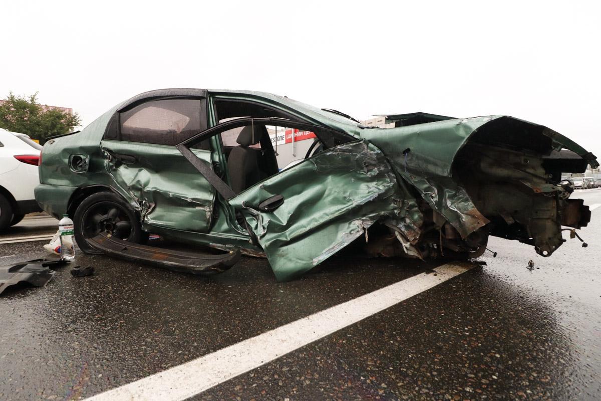 В результате происшествия пострадали два пассажира - женщина и подросток