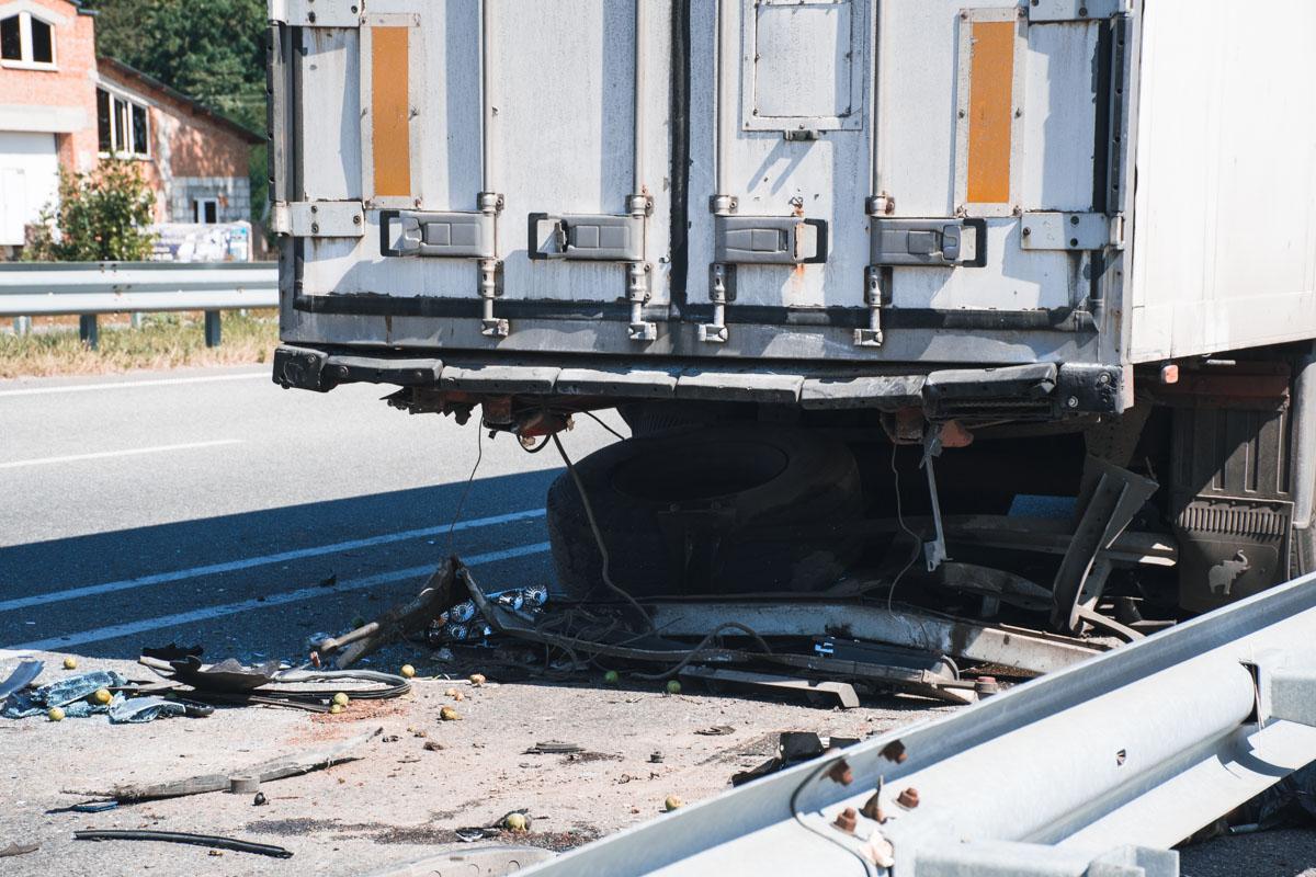 Мужчина-водитель фуры находился в шоковом состоянии