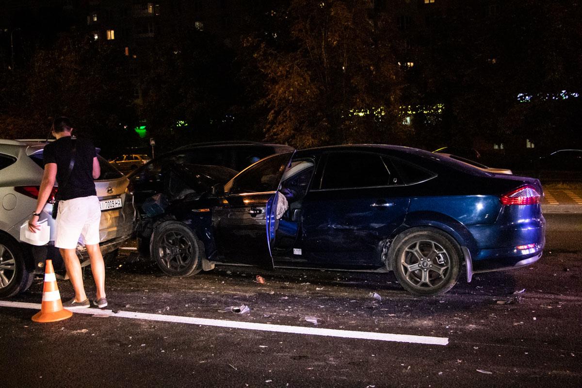 25 августа в Киеве по адресупроспект Академика Палладина, 18/30 произошло ДТП с пострадавшими