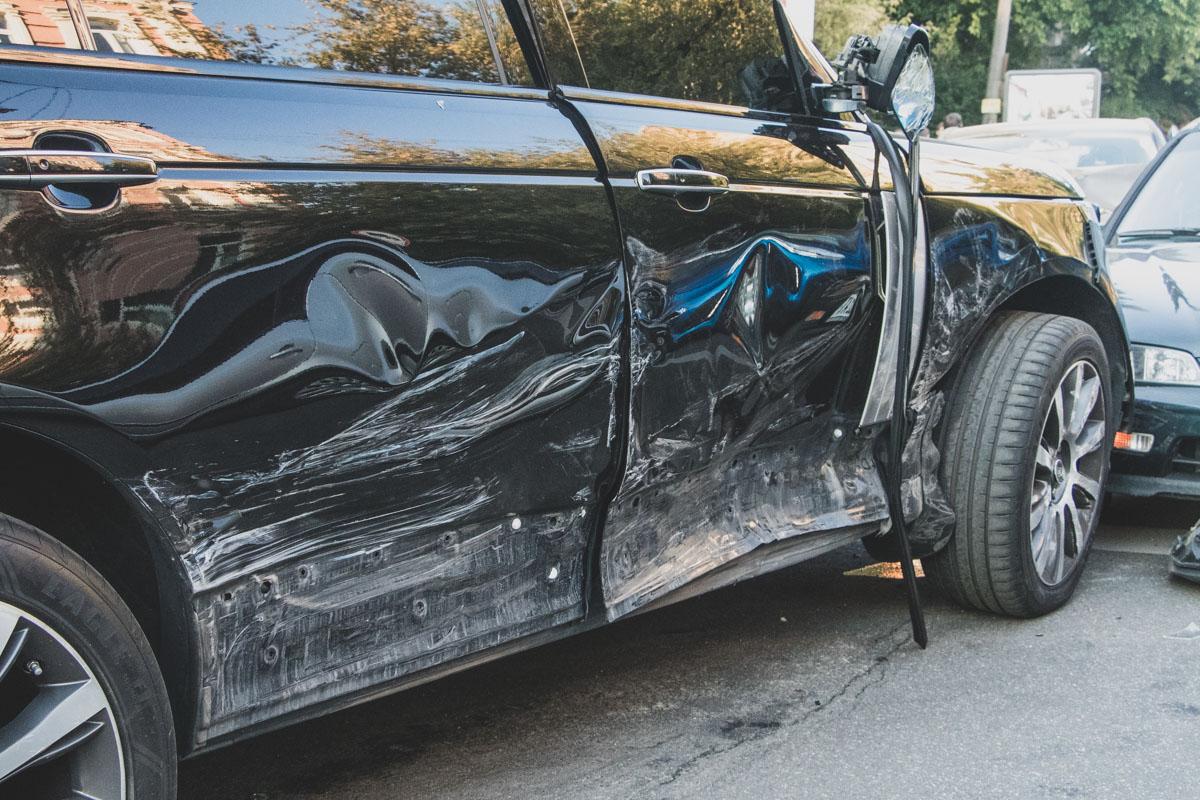По словам очевидцев, водитель Range Rover был выпивший