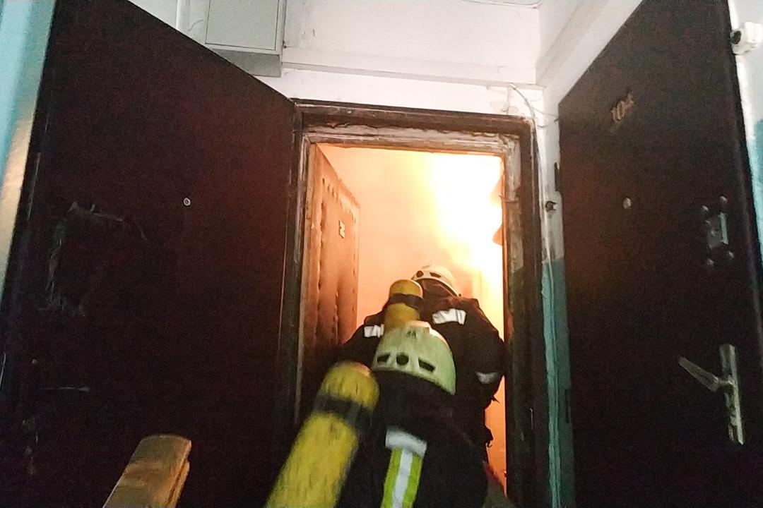 Огонь сильно повредил помещение, однако, к счастью, обошлось без жертв