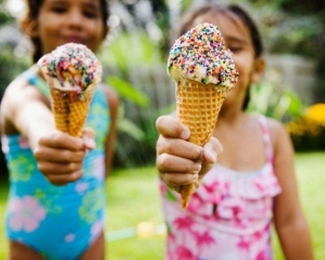 Фестиваль мороженного — отличный способ отдохнуть всей семьей с детьми