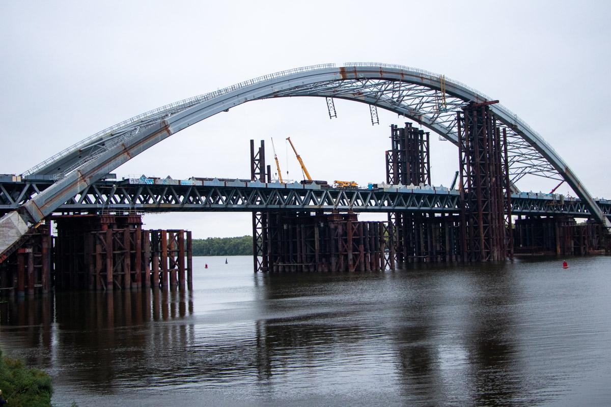 На Подольско-Воскресенском мосту демонтировали одну из временных опор