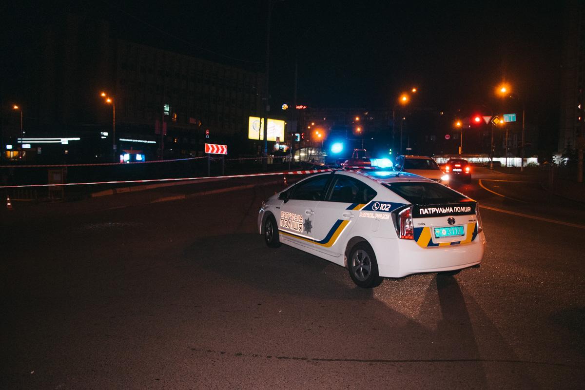 В Киеве на Голосеевской площади произошла перестрелка