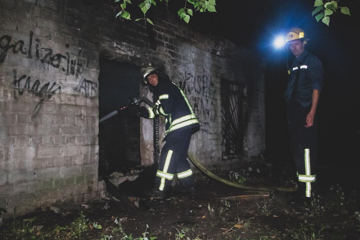 В пристройке заживо сгорел человек