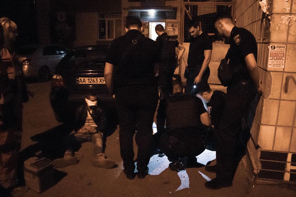 В Киеве задержали вооруженного до зубов преступника