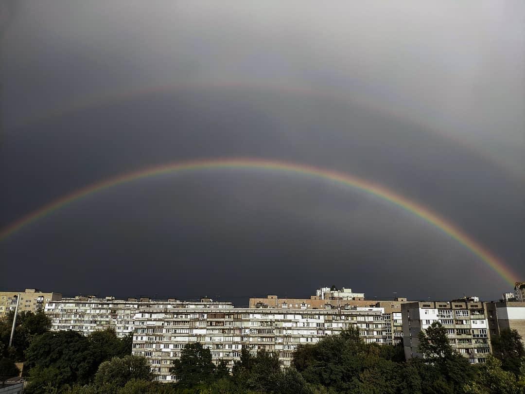 А знаете, чем еще круты дожди? После них на небе можно увидеть вот такую красоту, как увидел @vyacheslav_30