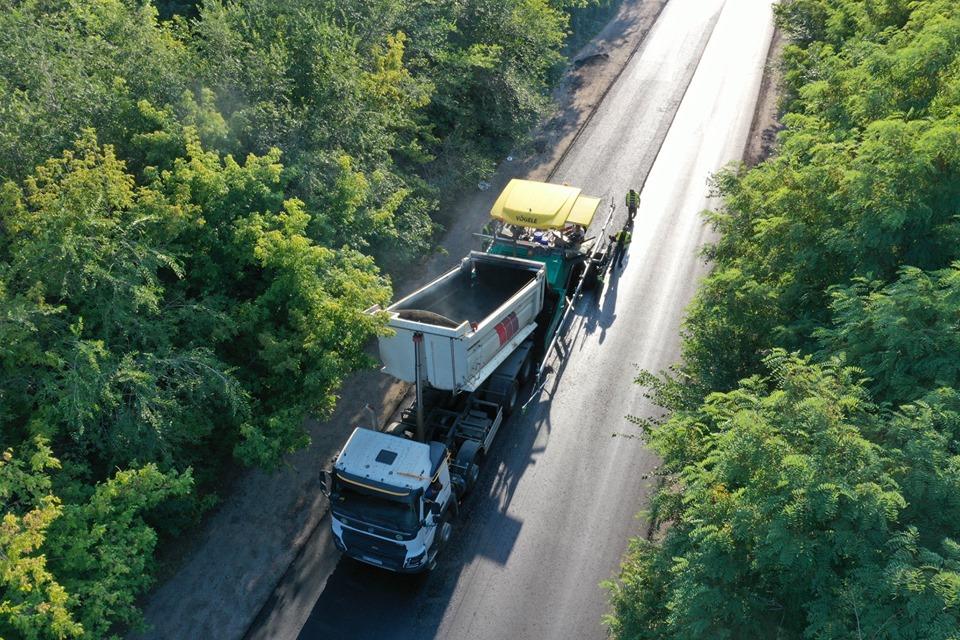 Зеленский поставил задачу закончить трассу в октябре 2019