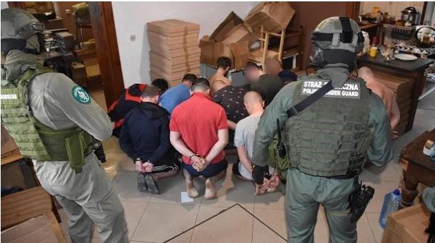 В Польше задержали 26 украинцев