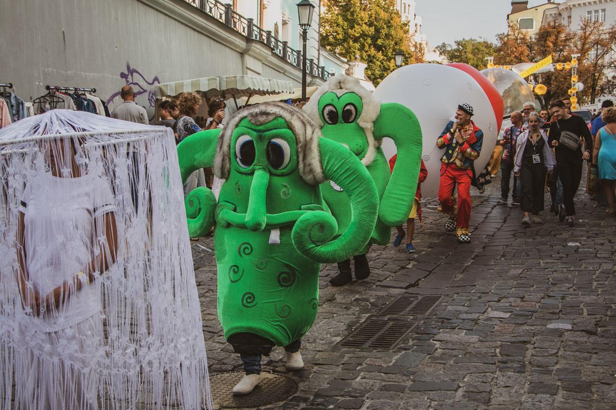Настроение карнавала если не в Рио, то в Майнце передает вот такое веселое шествие