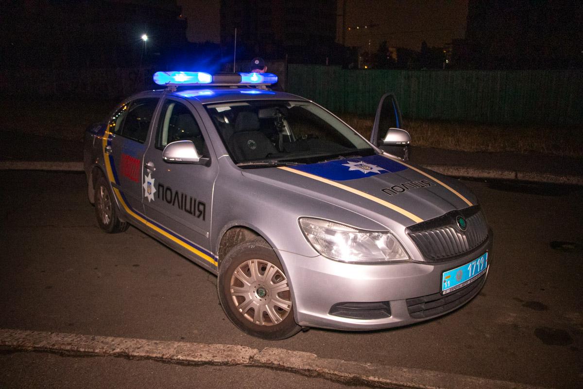 Полиция оцепила место опасной находки