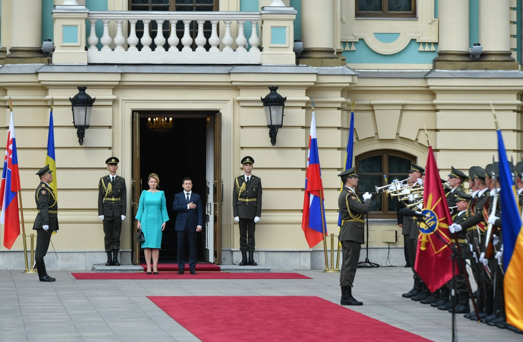 Президенты обсудили вопросы улучшения бизнес-климата, увеличение инвестиций, борьбы с контрабандой и дальнейшего проведения реформ