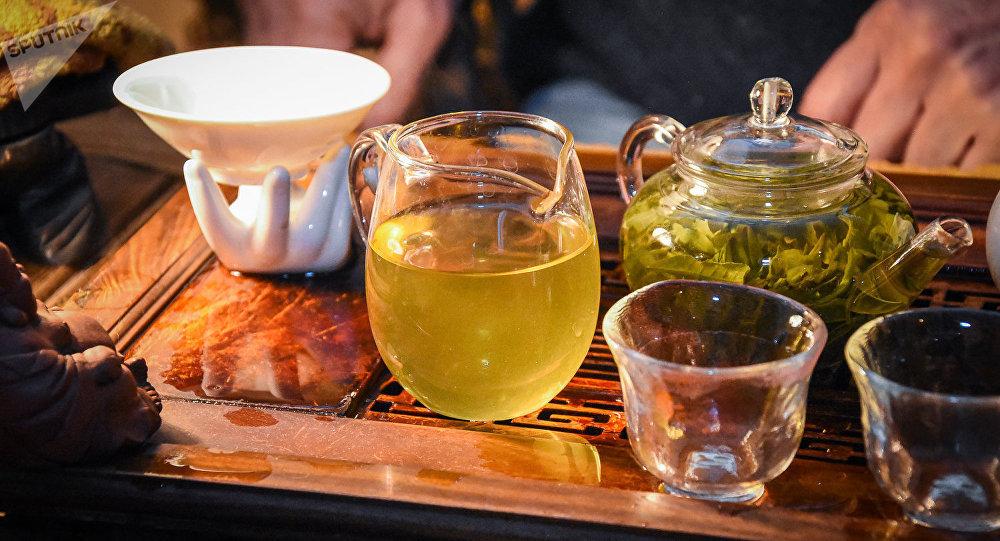 Пришло время слезать с кофейной иглы и перейти на чай :)