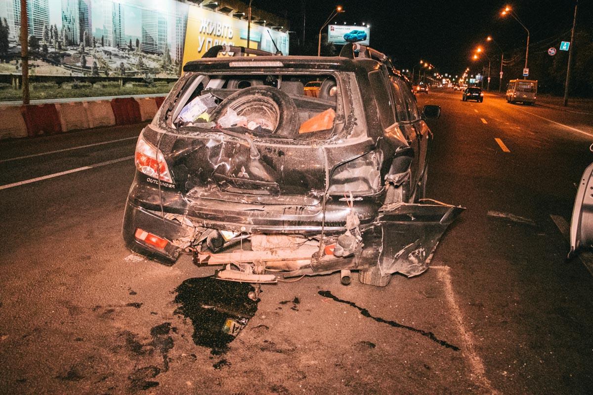 В результате пострадал пассажир Outlander