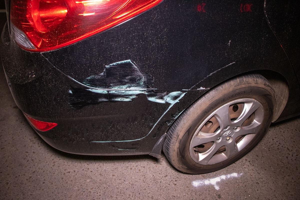 Ничуть этому не смутившись аварии, женщина направилась в ночное заведение