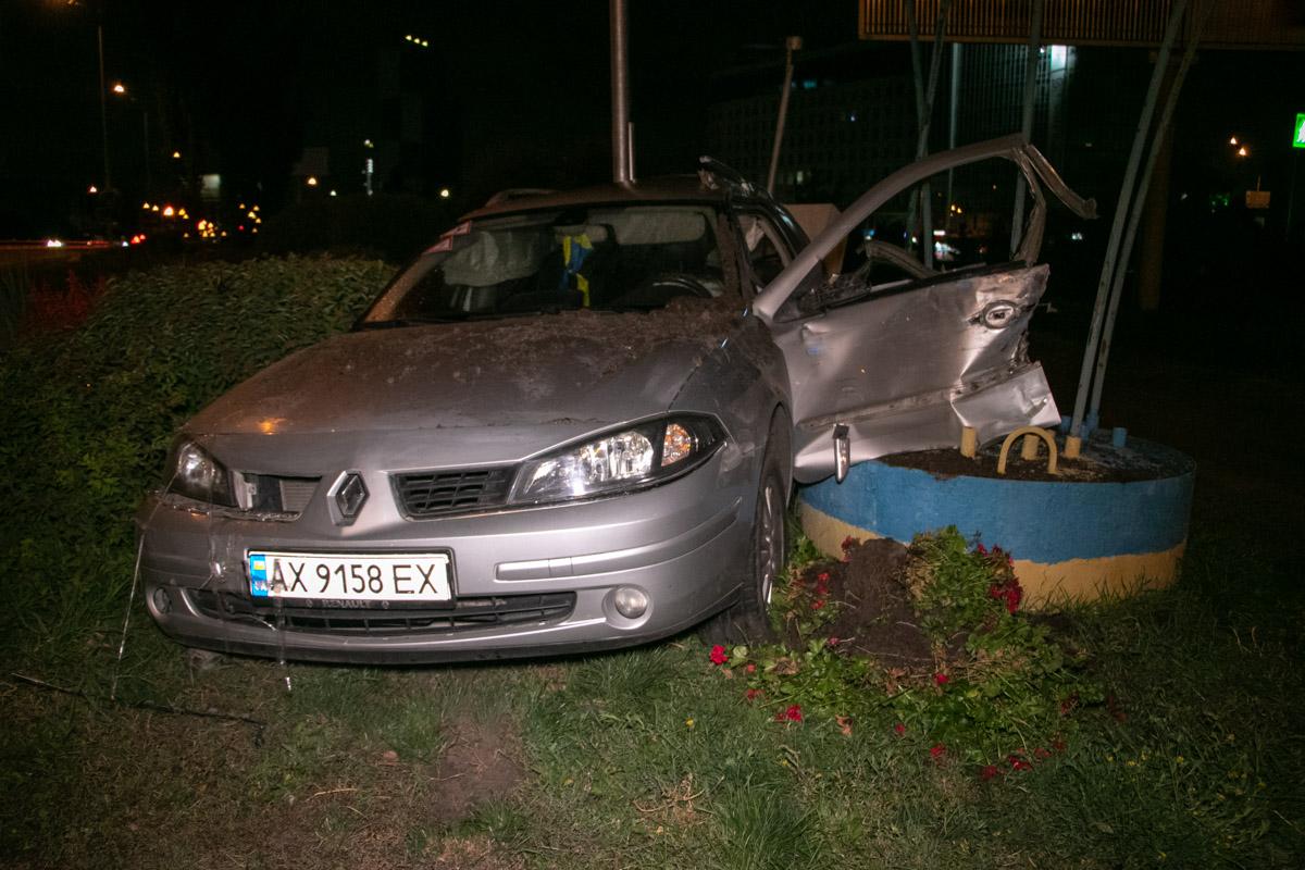 В Renault сработали подушки безопасности