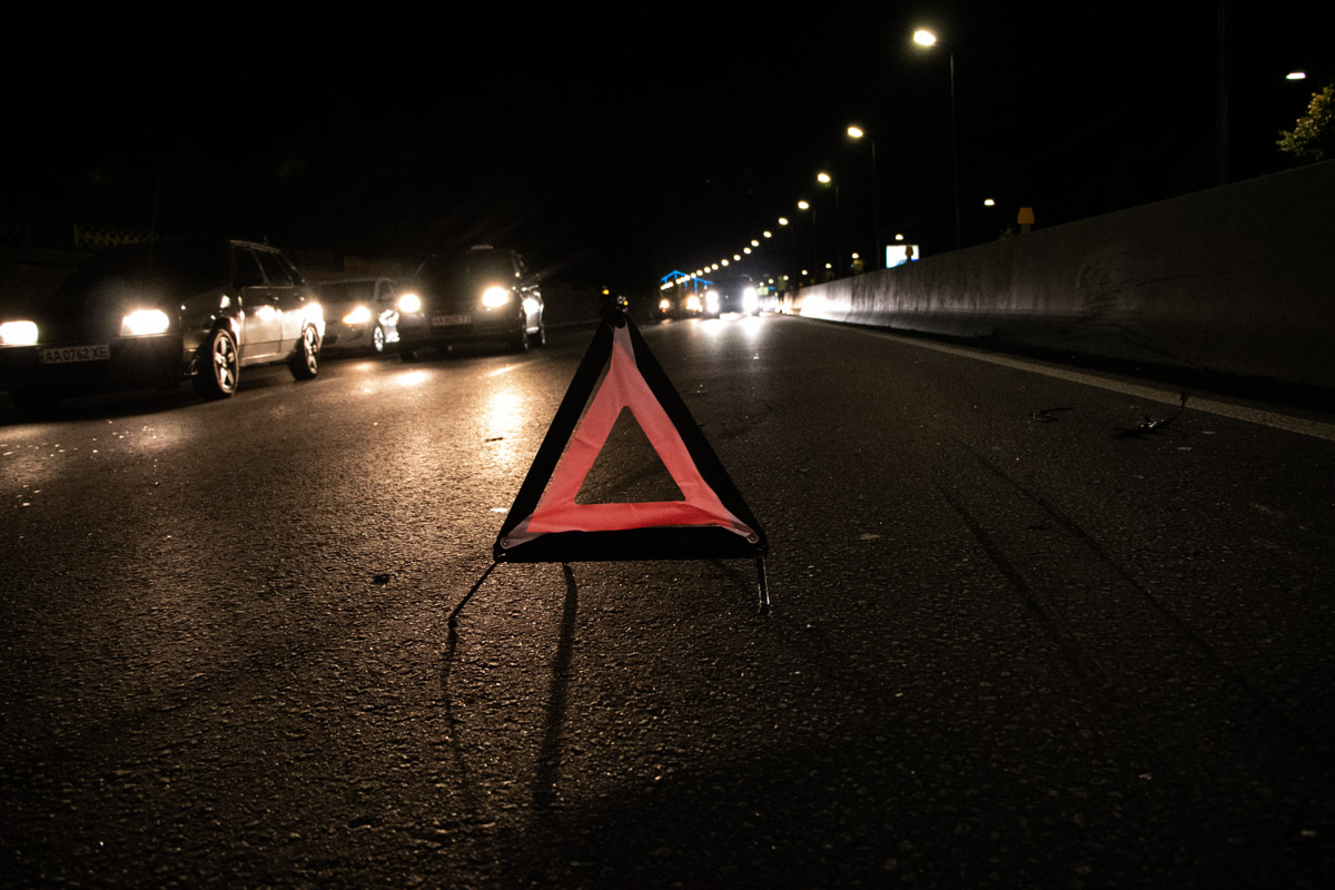 Ночью на шоссе стала собираться тянучка