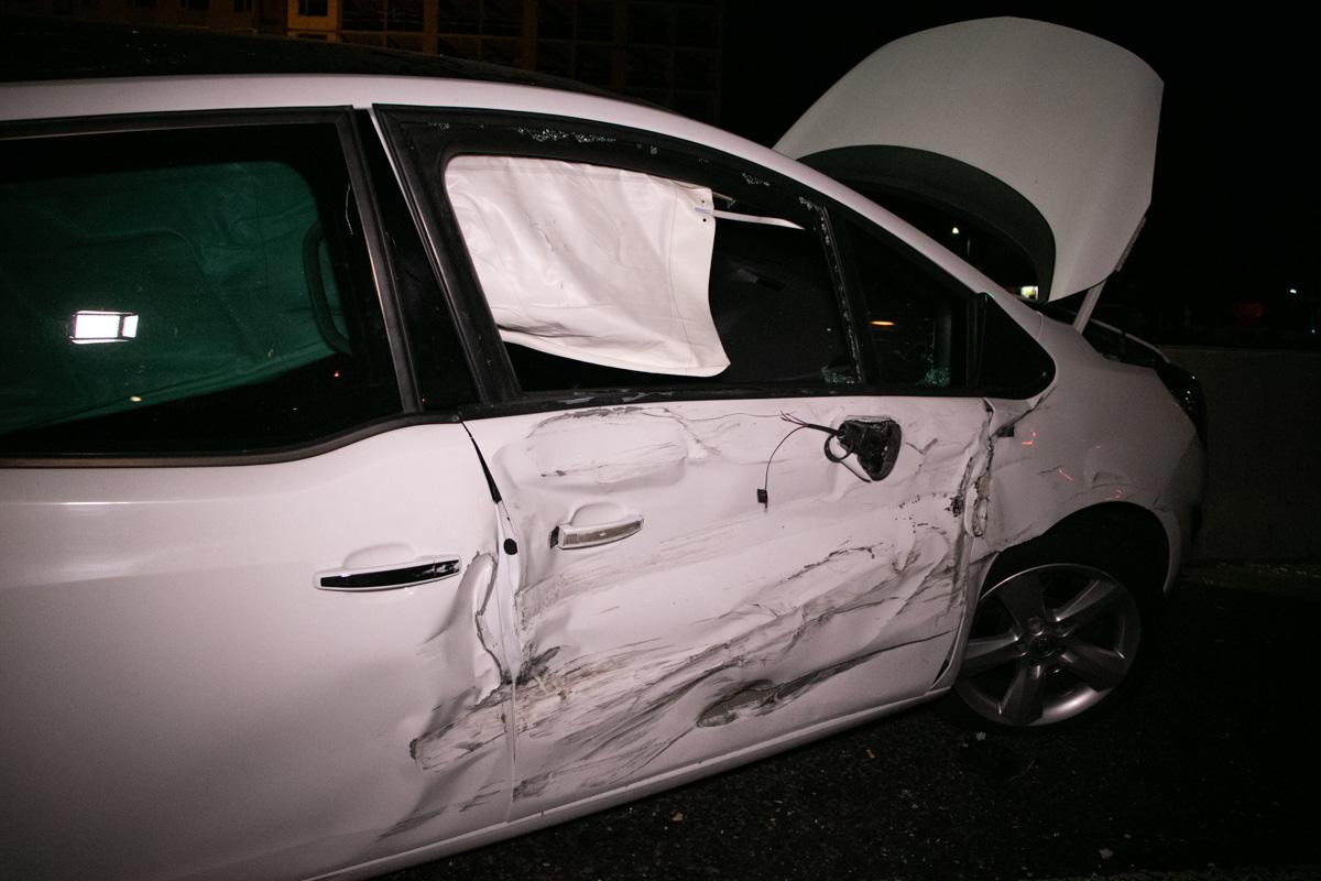 По словам одного из участников аварии, все машины стояли на светофоре рядом с поворотом на Чабаны