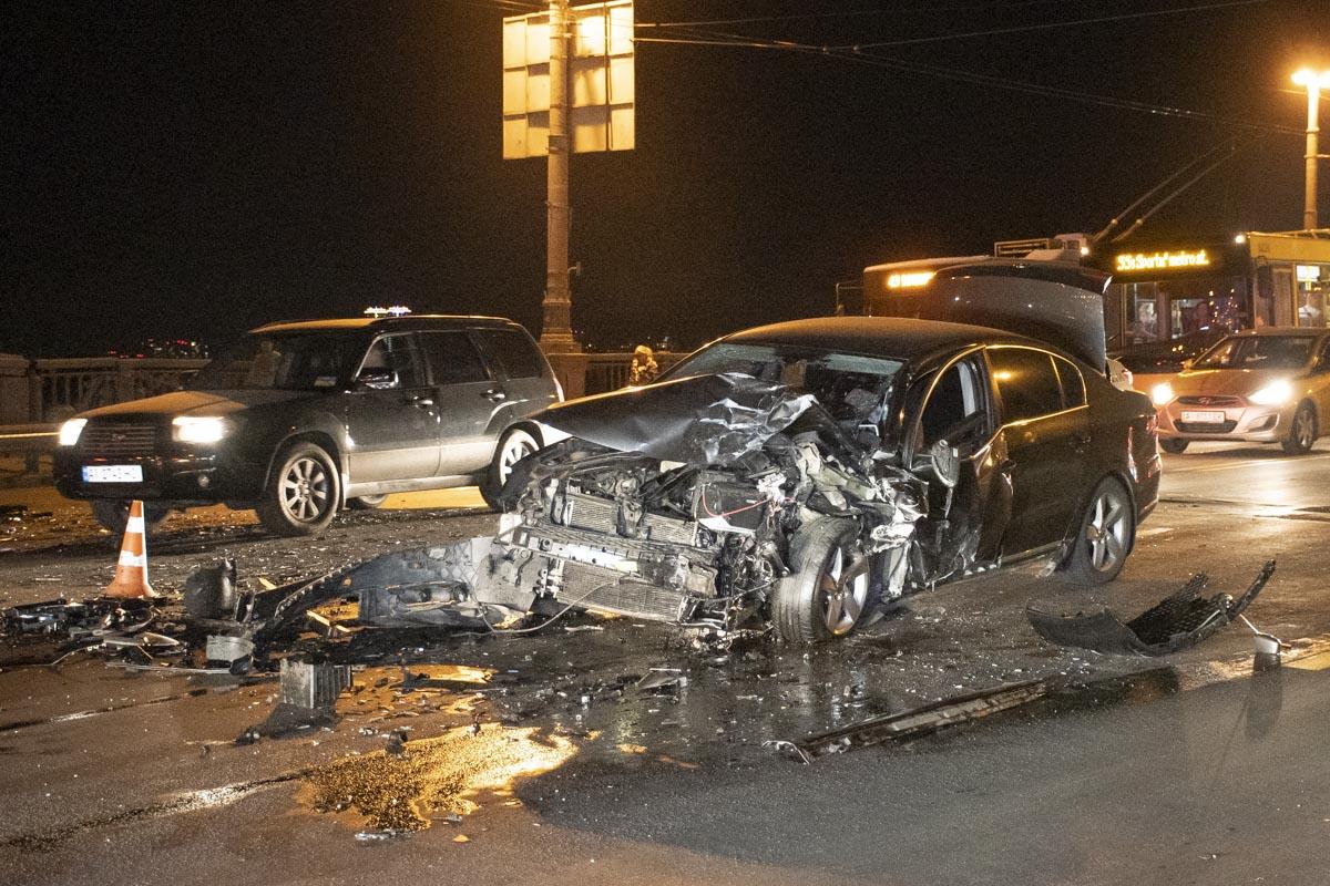 В результате аварии пострадали три человека