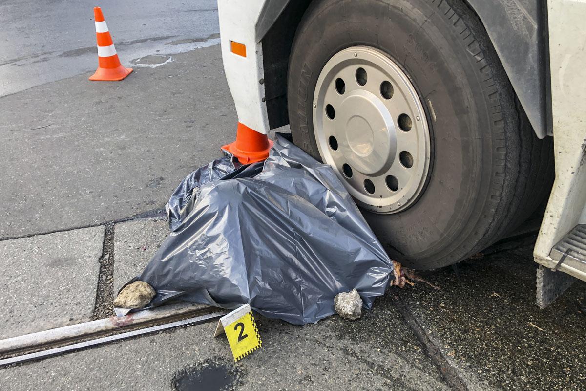 Женщина скончалась сразу на месте аварии