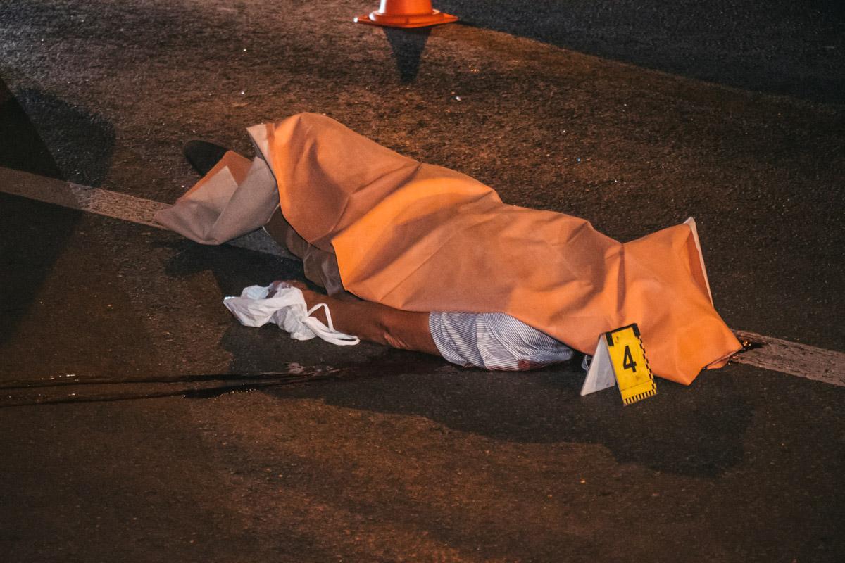 На проспекте Победы, 45 маршрутное такси №465 сбило мужчину, который пытался перебежать дорогу